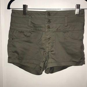 "Green high waisted ""Refuge"" shorts"
